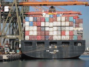 PortLA_ContainerShip