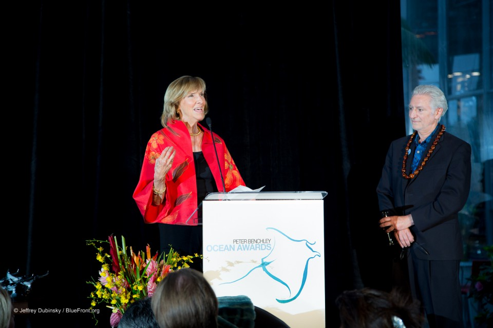Wendy Benchley and David Helvarg Present at the Peter Benchley Ocean Awards
